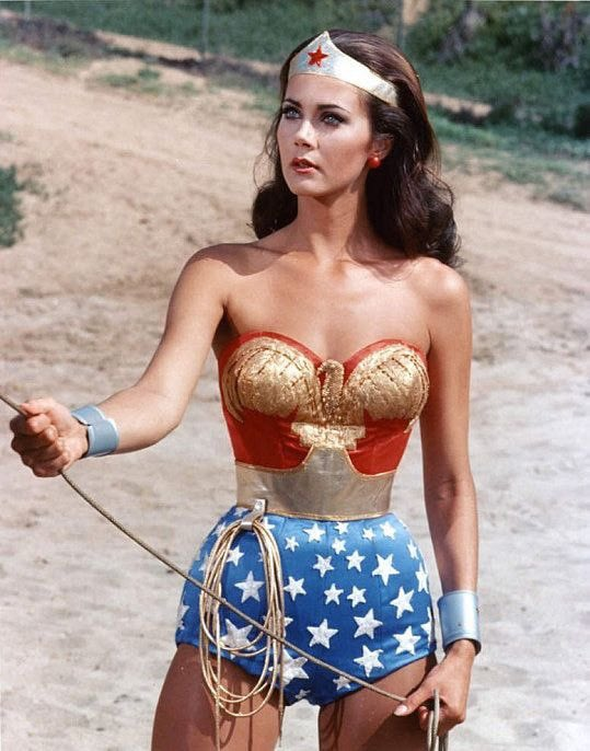 I think   #WonderWoman aka #LyndaCarter has been binge eating  #COVID19 oh my it's a bad time for #Superheroes atm  pic.twitter.com/xx1kUULTAp