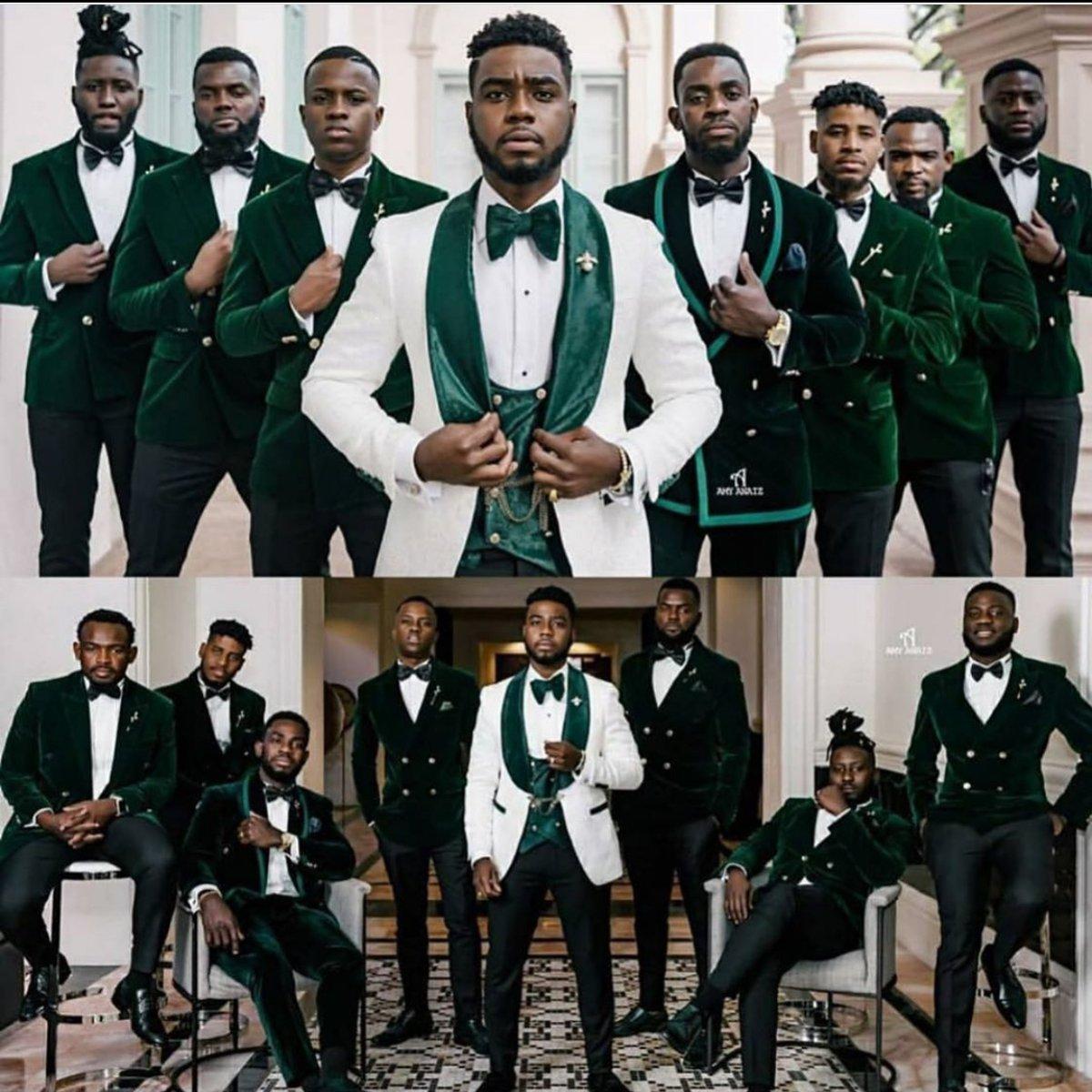 LUXE GROOMSMEN FEATURE:  Fb rp: GroomInspiration  . . . . #luxemen #luxewedding #weddingvibes #wedding #men #lifestyle #lafw #nyfw #media #fsfashion #fashion #mensuits #groomsmen #groompic.twitter.com/6UKZtexr9l