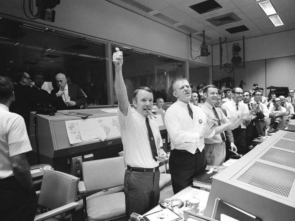 RT @NASA Experience #Apollo13 in real time, nearly 50 years later, through historical footage & audio — including 7,200 hours of newly digitized audio: https://t.co/a9mqbcKvXC Got questions about the mission or website? Tag them w/ #AskNASA & check back later for responses. #NASAatHome