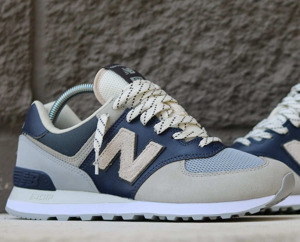 """New Balance 574 """"Grey Navy"""" only $39.99 + free shipping (50% OFF)   BUY HERE: https://t.co/z7V9RPDduP https://t.co/x4snTZYdgH"""