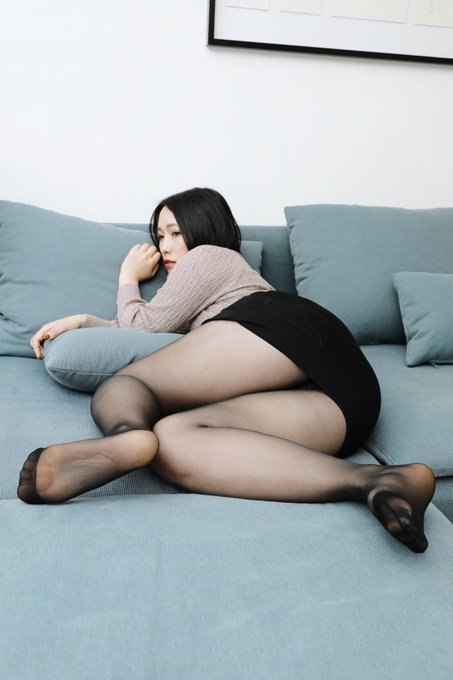Twitter巨尻垢の自撮りエロ画像31