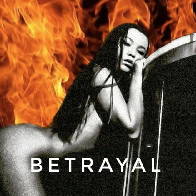 """Born in the Ukraine and now based in Miami, @Hereislada is a singer, songwriter, and producer who is pushing boundaries with her new heartfelt and touching single, """"Betrayal"""". 🌴🍊🔥  LISTEN:"""