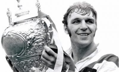 If you are a Rugby League person please join the challenge of posting an RL photo. Just one picture, no description. Please copy the text in your status, post a picture and look at some great memories/pictures. Missing Rugby League very much! pic.twitter.com/W9vEwKKCjX