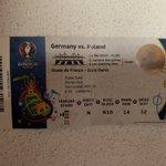 Image for the Tweet beginning: @EURO2020 👋🏻