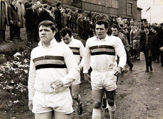 If you are a Rugby League person please join the challenge of posting an RL photo. Just one picture, no description. Please copy the text in your status, post a picture and look at some great memories/pictures. Missing Rugby League very much! pic.twitter.com/KWOwcZ3Bbg
