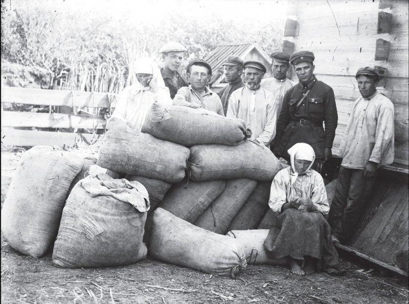 шов фото советских крестьян самого названия