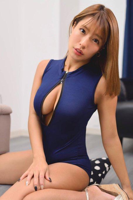 グラビアアイドルの自撮りエロ画像30