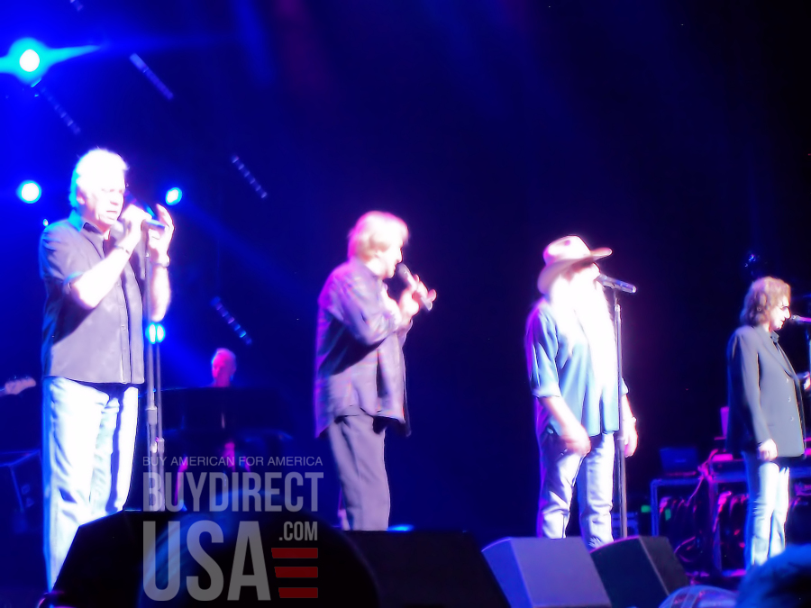 #TGIF  @oakridgeboys http://oakridgeboys.com  @DUANEALLEN  @joebonsall @RASterban @wlgolden Great music, great guys. Stay well. Cant wait to see you again in the near future.  http://www.BuyDirectUSA.com  #MadeinUSA #MadeinAmerica  #Manufacturing #jobs #countrymusic #Love #peace #Joypic.twitter.com/onlAZYH7BB