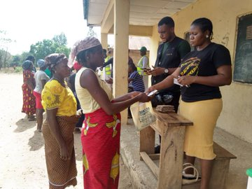 Pictures from payment point at Gwanje Ward, Akwanga Local Government Area, Nasarawa state.