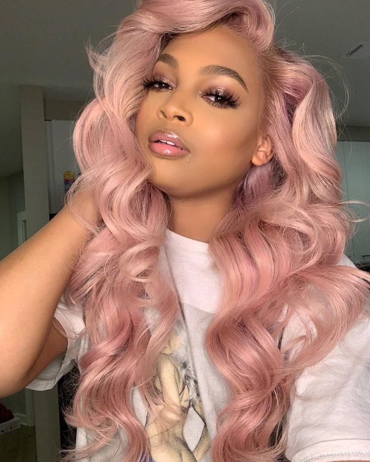 We stan!  Ending the week with our favourite @iamalonzoarnold wig looks! #WIGINSPO  #newhairday #hdlacefrontal #frontalslay #machinemadewigs #weftextensions #fulllacewiginstall #wigslayed #wigstore #wigspic.twitter.com/7Jl1H9VPj1