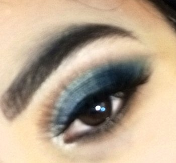 Eye Makeup! #Support #Blue #Eye #Makeup #SmallYoutuber! pic.twitter.com/Kfgeb5MHrA