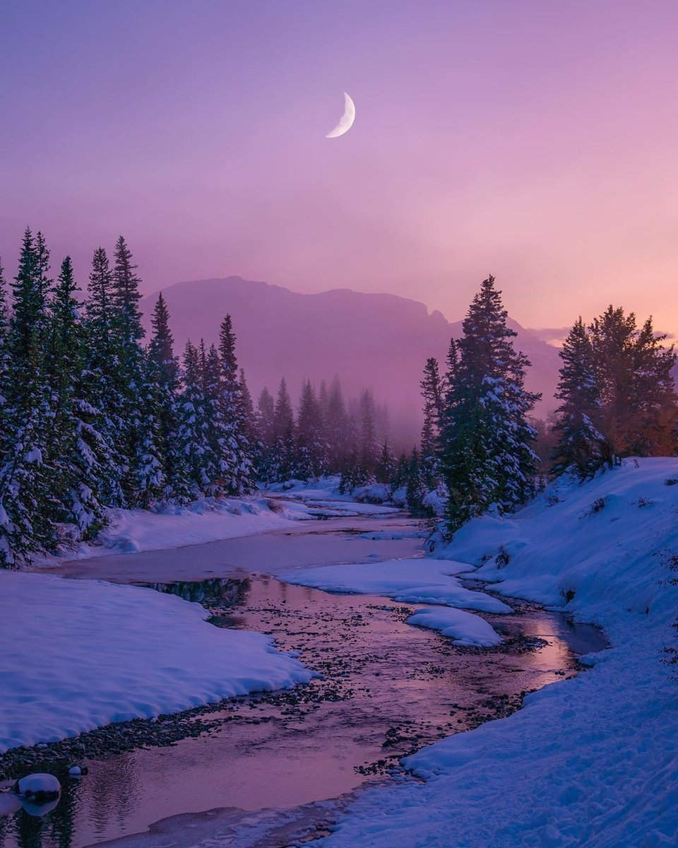 @nateinthewild  #moon #river #snow #winter #spring #landscapephotography #photographer #PhotographerOrg #PhotograperOrgFeature