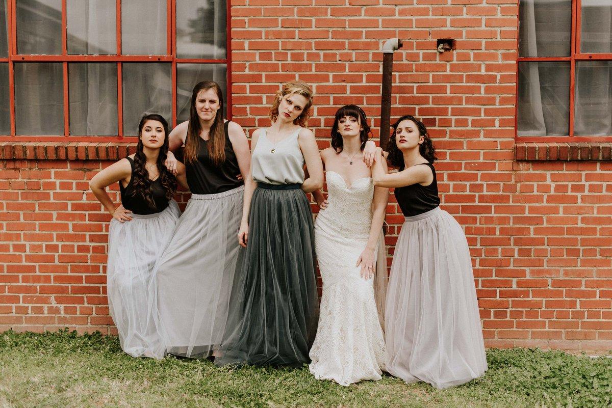 My Wedding. My girls. Iconic. #Bridesmaidsmovie #sidebyside #whodiditbetter #wedding #WeddingPhoto #beforequarantine #bridesmaids #weddingvibes #FridayFeeling #KristenWiig #MayaRudolph #FirstTweet #ncwedding #photography #iconicpic.twitter.com/CSij61z8xg