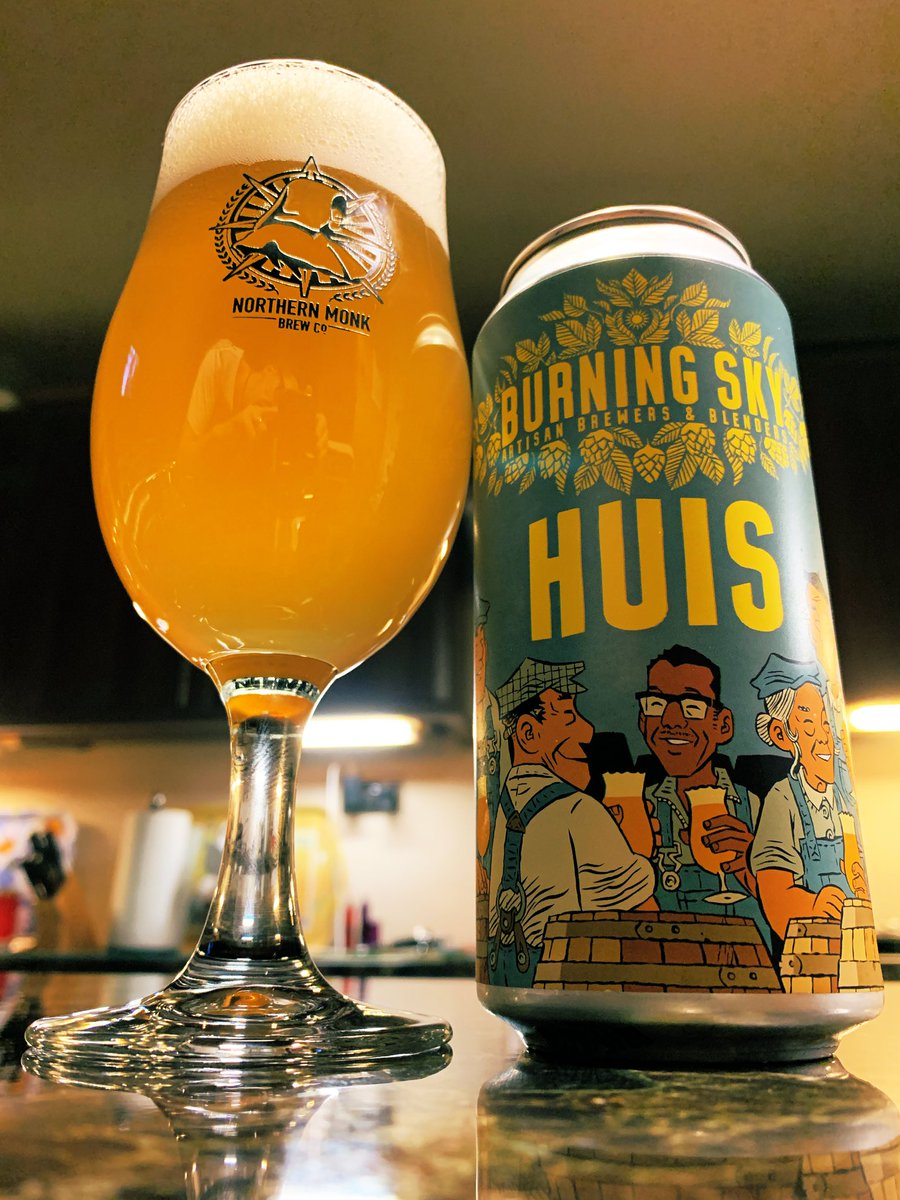 Nice saison style beer. #CraftBeer pic.twitter.com/PD8Y5TWqto