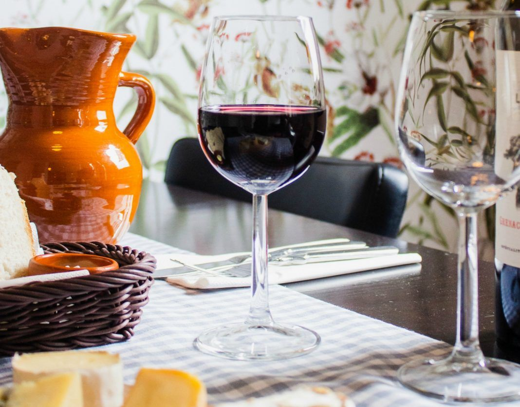 Here are 9 ways to get wine right now, when you need it most bit.ly/2USRXHC
