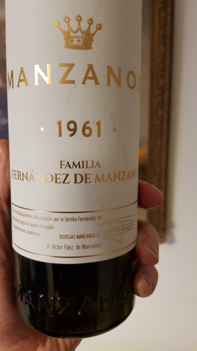 Desperate times call for desperate measures. Delightful wine, full of dark fruits and vanilla. #wine #rioja #drinkbetterwine <br>http://pic.twitter.com/jKWKgTVVXL