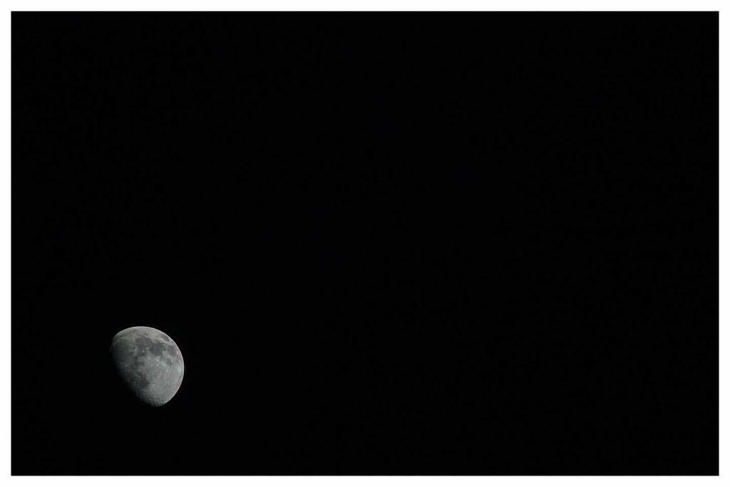 3:4:20 - Night Moon  #nightmoon #Moon #instalove #instawales #igerswales #uk_greatshots #instadaily #Picottheday #uk_shooters #picoftheday #igers #instalike #imagesofwales #iphonesia #Photography #sonyalpha #sony #sonya #sonyimages #a6500 #sonyalphasclub…