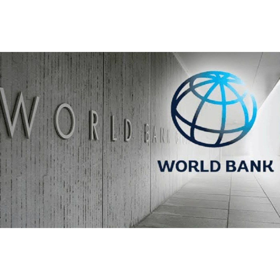 World Bank excludes Nigeria in $1.9bn COVID-19 response launch https://gistnaija.ng/2020/04/03/world-bank-excludes-nigeria-in-1-9bn-covid-19-response-launch/ …pic.twitter.com/LButdoUyWz