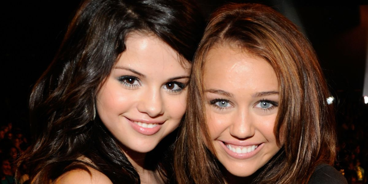 Selena Gomez Reveals Bipolar Diagnosis on Miley Cyrus' 'Bright Minded' svtn.co/SLO27xP