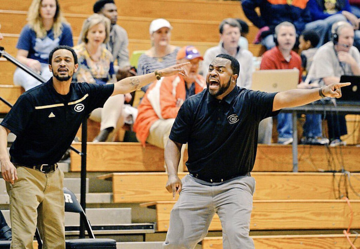 The best Basketball mind I've every been around..  I was blessed to have you on my staff and now GHS is blessed to have you lead the @LadyJackets_GBB Grwat things coming to Greer High GBB.. https://twitter.com/yjsn1/status/1246191413223723014…pic.twitter.com/0FBBXvYomm