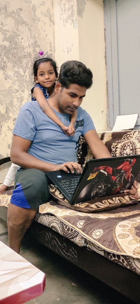 During this Lockdown, my Niece shown me his love while I am doing work. It's one of my best memorable memory in this Lockdone  #ContestAlert @MemorysOfficial  @MemorysOfficial #21DaysLockdown   Tagged @Sandeep55223259  @ShikhaBhadoria6  @RahulSh47444881  @ShardaS03626409pic.twitter.com/gKBMt4Rsqe