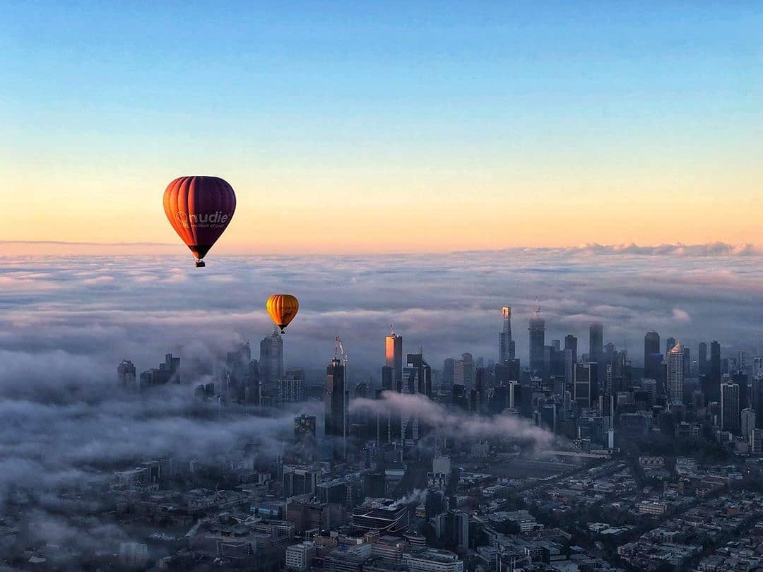 test Twitter Media - Today we're dreaming of floating above the clouds in a hot air balloon as the city slowly wakes. 📸 via IG/globalballooning. https://t.co/wpxzlk1fp7