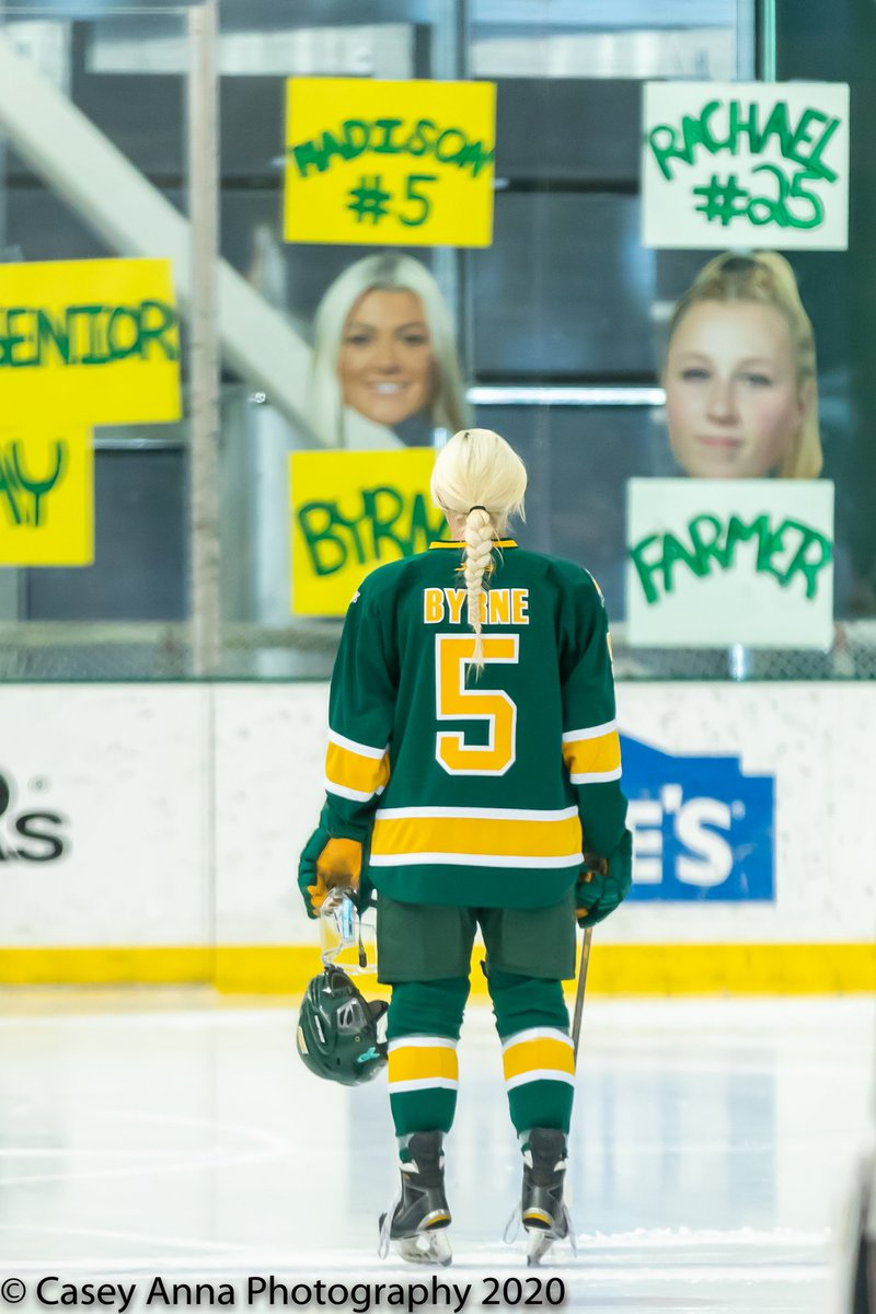 Here's my Top 4 @OswegoWHockey photos from this season. It was so hard to pick, but here are the ones I chose. What does everyone think of my choices?#TeamCanon #photography #photographer #teamphotographer #goingtomissthis @sunyoswego @OswegoAthletics @CanonUSAimaging @GettySportpic.twitter.com/0z4tWojnKD