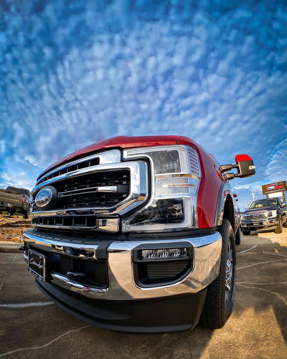 Staring contest on three. • #SuperDuty #BuiltFordTough #FordTrucks #Ford #FordF350 #FordF350Lariat #FordSuperDuty #FordLife #CavenderFord #MakeConfidenceHappenpic.twitter.com/lV18oTSFGU