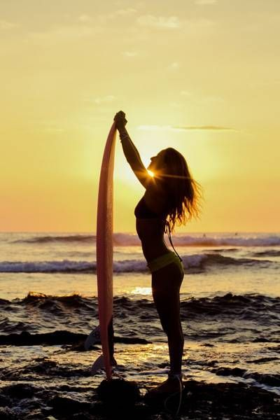 Summer Loving by Nicola Yeager. 'Great story and great, witty writing. Made me laugh and cry. Five stars.' Now #FREE to download.  #ChickLit #Freebie #Romance #Surfing #Summer