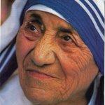 Image for the Tweet beginning: 【息抜きコラム】  マザー・テレサ(1919-97)の言葉。  「神へはいつも、ハイと答えるのが務め。神が望まれる場所にこの身を置くべきです。」