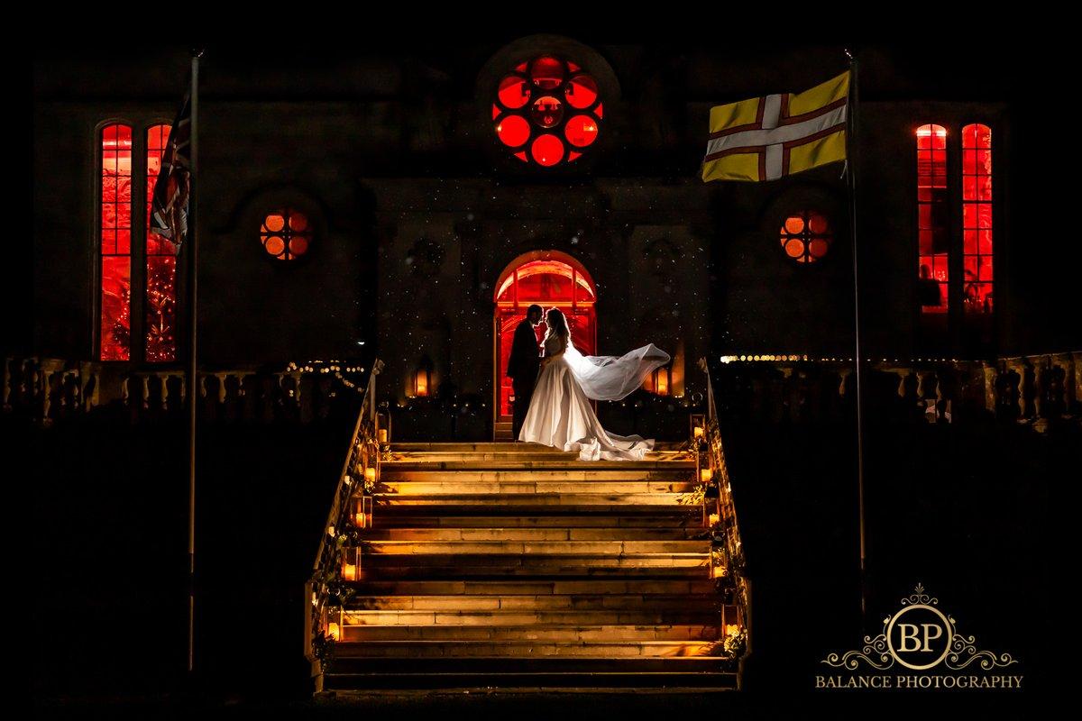 """Baby its cold outside""👰🏻🏩🎄❄️  #weddingphotographer #wedding #fearlessphotography #weddingphotography #love #veil #picoftheday #follow #art  #fun #style #smile #marbella #winterwedding #canon #lulworthcastle  #weddingdress #nightphotography #offcameraflashphotography #silouette"