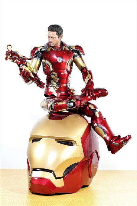 Happy Birthday Robert Downey Jr. !!!              (´    )