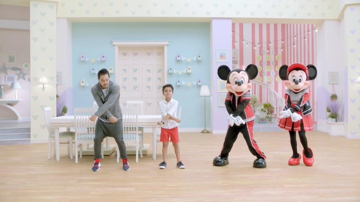 Pump up those muscles aur ho jao taiyaar for a fun home workout routine with #Mickey and #Minnie! Simple hain, quick hain, aur bohot hi mazedaar bhi. pic.twitter.com/aiq9pDNVbR