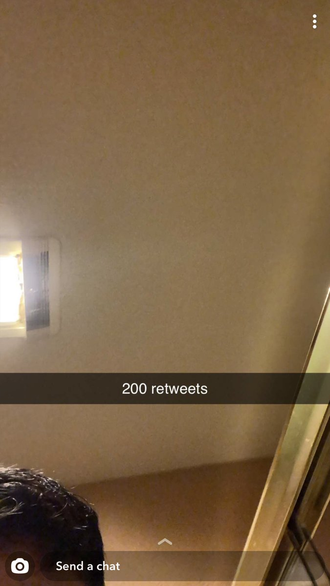 200 retweets and @SanghaAryn will go bald on tmw's live <br>http://pic.twitter.com/thTYt35nzK