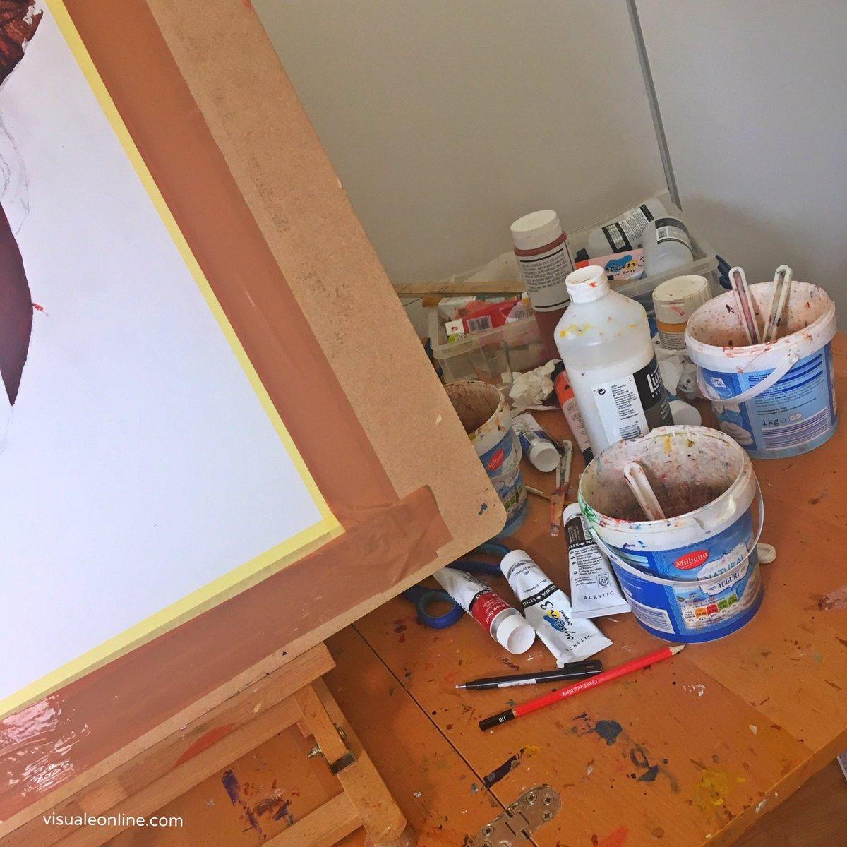 Exploring & creating new paintings.... #studiotime #artist #ideas #creativity #stayathome #painting #deemanningpic.twitter.com/ex5AGZzI27