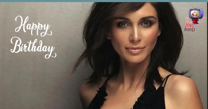 Wishing the stunning beauty Lisa Ray a very Happy Birthday!!