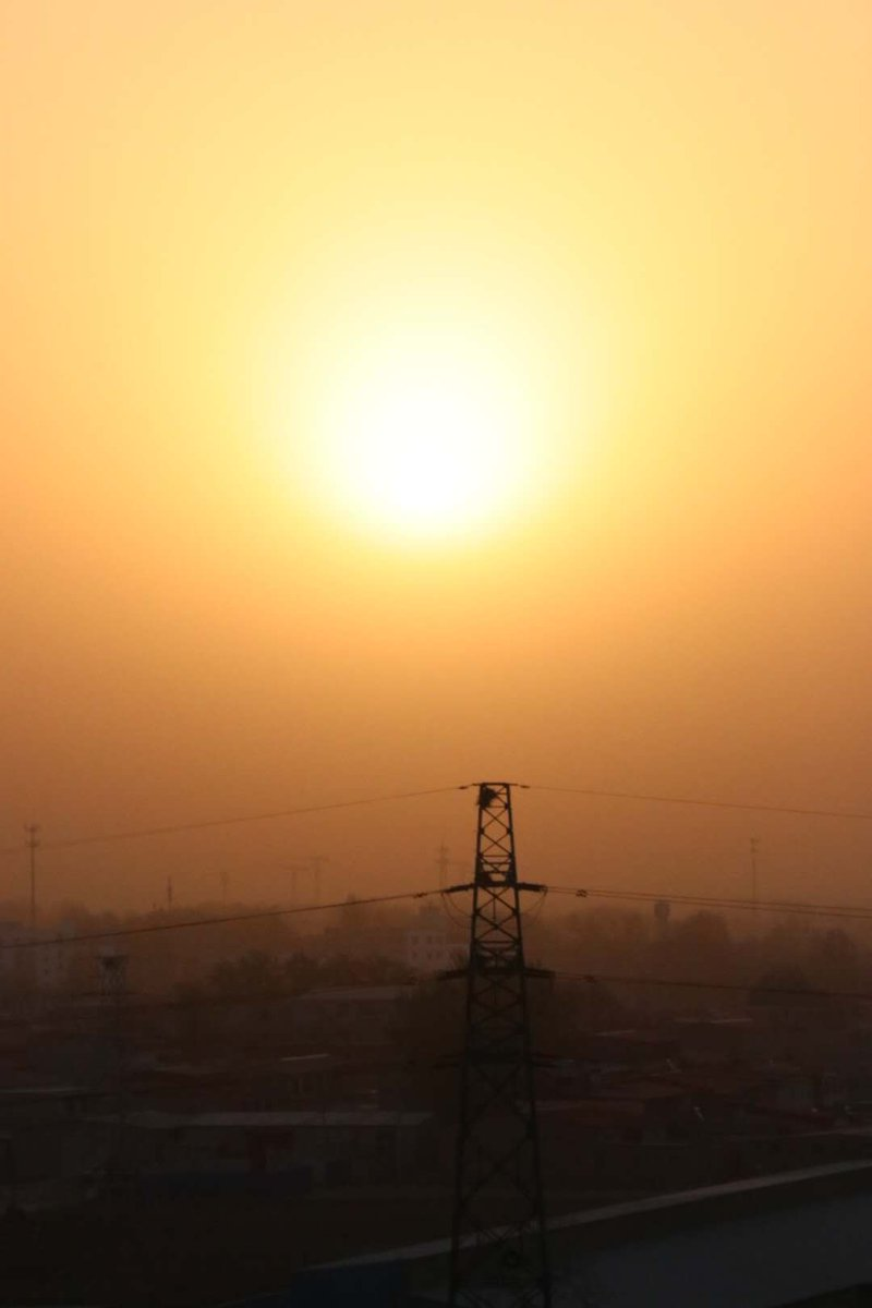 The sun on the roofs & early morning #photography #Photoshoot #Photos #photoshop #photo #photographers #PhotographyIsLife #MorningJoe #arte #artists #artshare #artwork #art #ArtistOnTwitterpic.twitter.com/hhvSVX1Boz