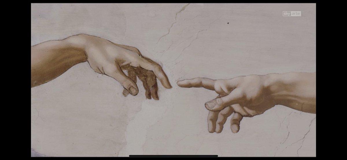 Faccio colazione, guardo @SkyArte e mi vengono in mente parallelismi fra due Michelangelo #Buongiorno #arte #quarentena #andratuttobene https://t.co/0is8tMMkMq