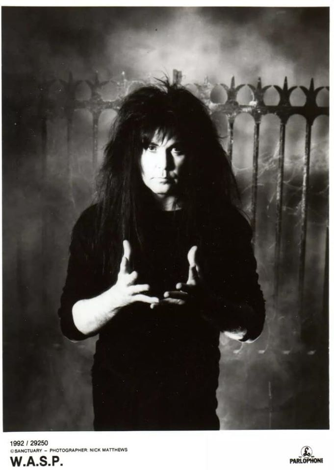 This friday night post has been brought to you by, moody 90s Blackie Lawless. #FridayMood pic.twitter.com/LvzYn2lpOt