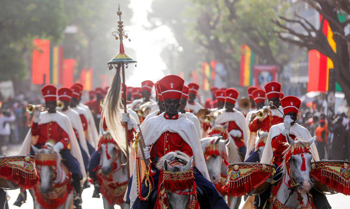 """𝐋𝐄𝐔𝐌𝐈𝐍𝐄 on Twitter: """"Thread : l'histoire de la Garde Rouge du  Sénégal La Garde Rouge du Sénégal est née au XIVe siècle sur les rivages de  la Méditerranée. Pour assurer sa protection"""