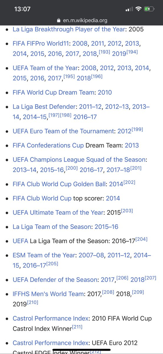 See their respective individual awards, all this EPL fans and their overrated league (I couldn't capture the screen shot of all of sergio's individual awards) Ramos.       Vs.        Terry pic.twitter.com/pR0YiI0faZ