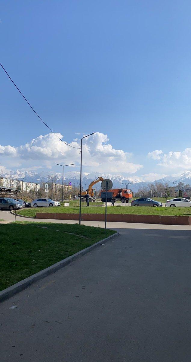 Погодка конечно, зашибись #Алматы pic.twitter.com/CZdKQLeIig