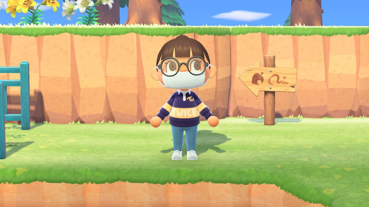 I made the #TWICE University 2020 sweaters! MiSaMo edition. #AnimalCrossing  #ACNH <br>http://pic.twitter.com/BpQ0pjghHF