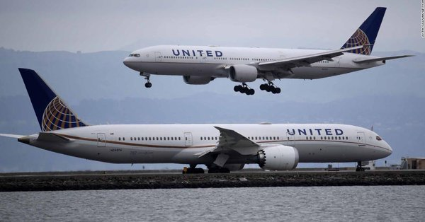 Federal officials direct airlines to refund passengers for flights canceled amid the coronavirus pandemic  https://cnn.it/2XaCNQW