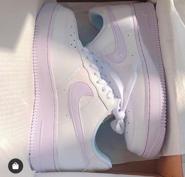 Air Force 1 Barely Grape pic.twitter.com/thLFpNJqbf