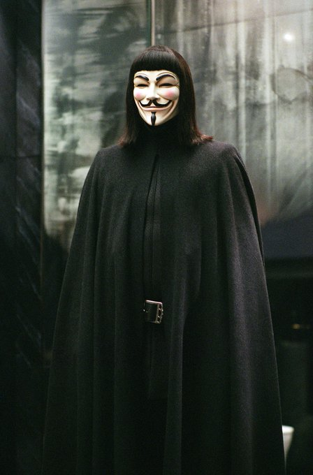 ""\""""The only verdict is vengeance, a vendetta.""""  Happy Birthday to the man behind V, Hugo Weaving.""448|680|?|en|2|0e856b2381b9fa89ae798d3fca5b6f12|False|UNLIKELY|0.2823014259338379