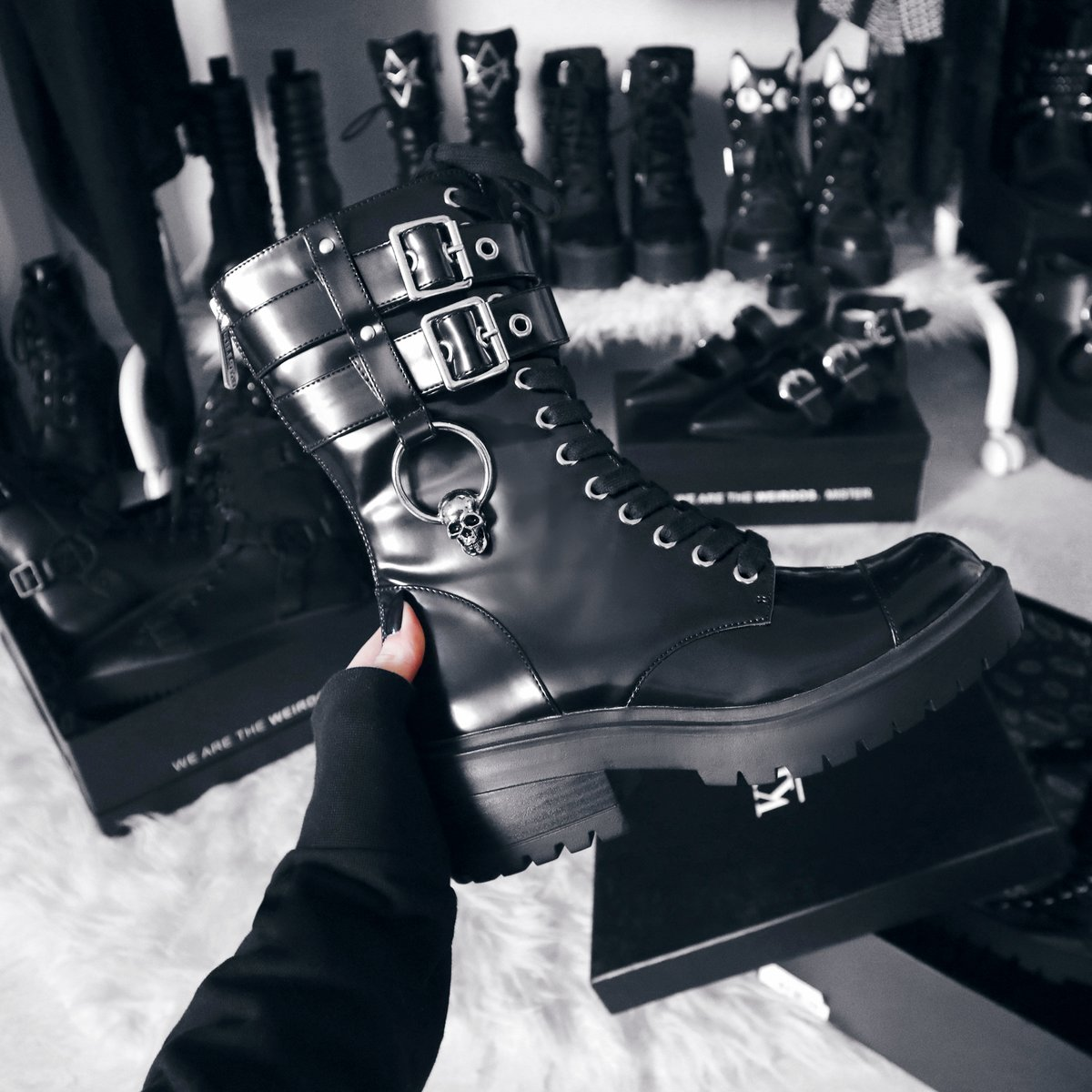 Get Yer Stomp On    Bones O-Ring Boots  http://killstar.co/BONES | We Ship Worldwide!#killstar #nugoth #gothicfashionpic.twitter.com/rXdVbMzUOb