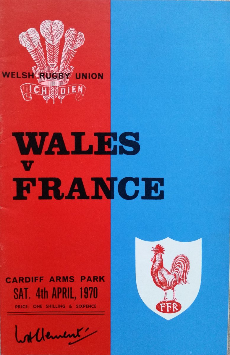 I love the classic simplicity of these old @WelshRugbyUnion programmes - red for Wales, and then the opposition's colour ….. #OnThisDay in 1970 a #fivenations encounter with France #rugbyunion #rugbyprogrammes #theracketeer https://www.the-racketeer.co.uk/programmes---union-d83b6nproducts36curpage-2-36-c.asp…