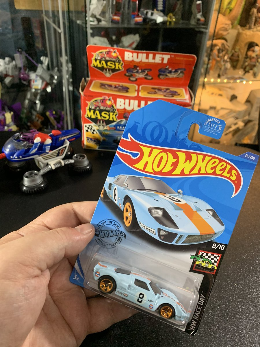 The Super Awesome Geek Show On Twitter The Iconic Ford Gt 40 Hot Wheels One Of The Greatest Cars Ever Built As Seen In Ford Vs Ferrari A Great Car Film Hotwheels Cars