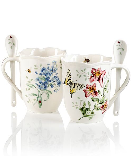 Couldn't wait to have my morning cup of tea in these mugs  #Lennox #ButterflyMeadow Spring is definitely here. pic.twitter.com/RKllypDxtz